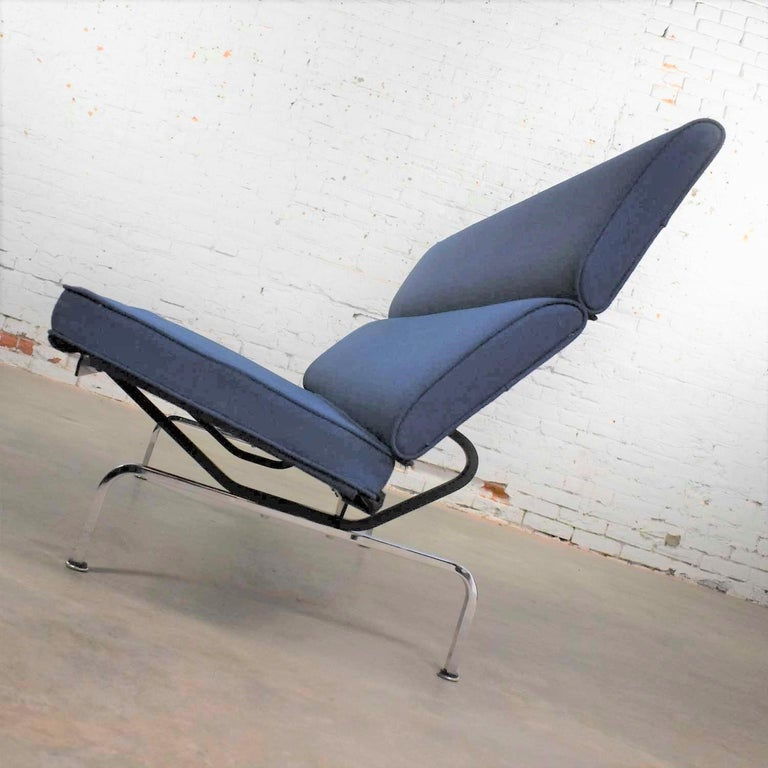 Vintage Mid-Century Modern Eames Sofa Compact in Blue by Herman Miller 2