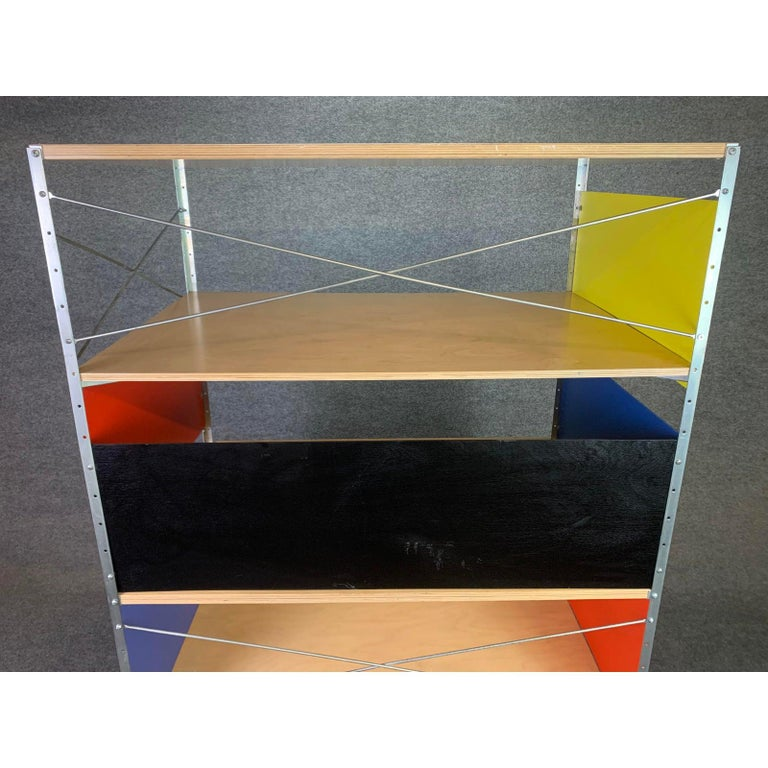 Vintage Mid-Century Modern Eames Style Esu Storage Unit by Modernica In Good Condition For Sale In San Marcos, CA