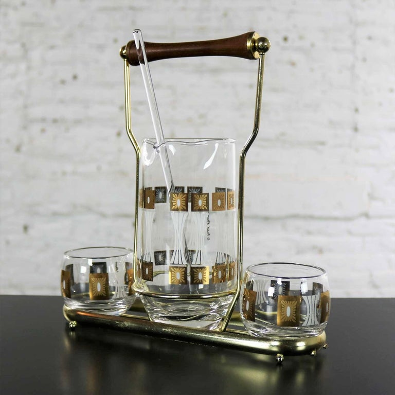 American Vintage Mid-Century Modern Fred Press Glass Cocktail Caddy Set Sun Block Patter For Sale