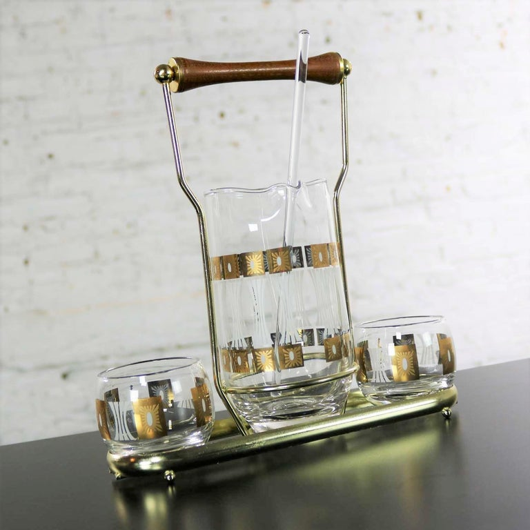Vintage Mid-Century Modern Fred Press Glass Cocktail Caddy Set Sun Block Patter In Good Condition For Sale In Topeka, KS