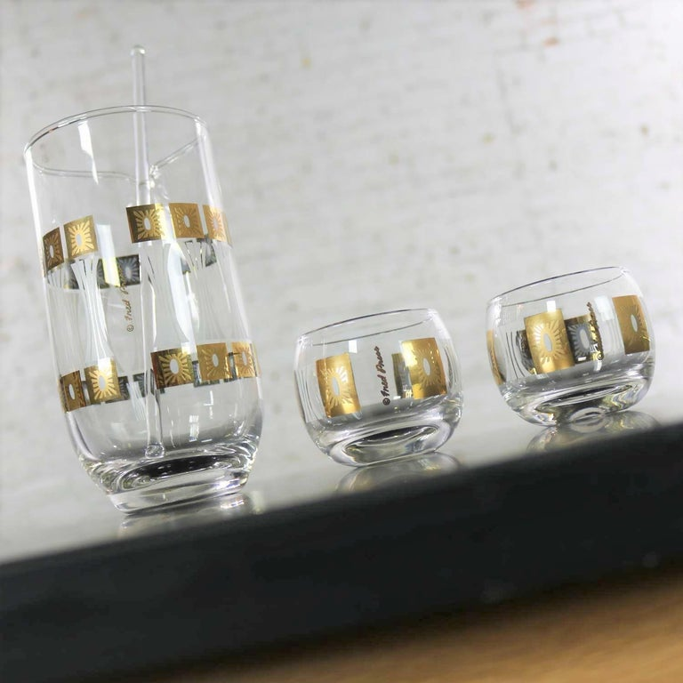 Vintage Mid-Century Modern Fred Press Glass Cocktail Caddy Set Sun Block Patter For Sale 1