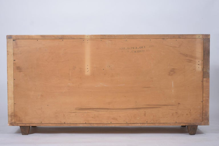 Mid-Century Modern Lacquered Chest of Drawers For Sale 6