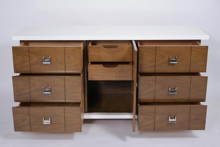 Mid-20th Century Mid-Century Modern Lacquered Chest of Drawers For Sale