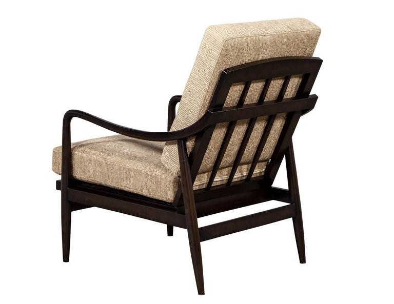 Late 20th Century Vintage Mid-Century Modern Lounge Chair For Sale