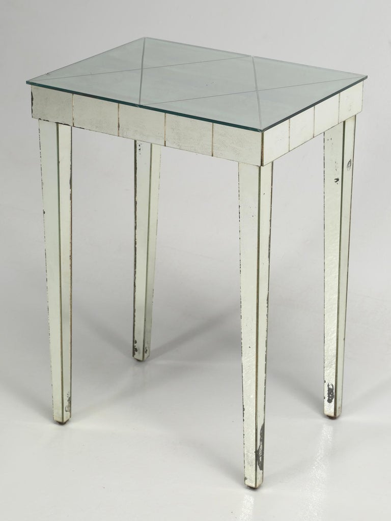 Italian Vintage Mid-Century Modern Mirror End Table or Side Table For Sale