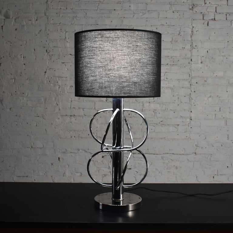 Vintage Mid-Century Modern Polished Chrome Table Lamp New Black Drum Shade For Sale 4