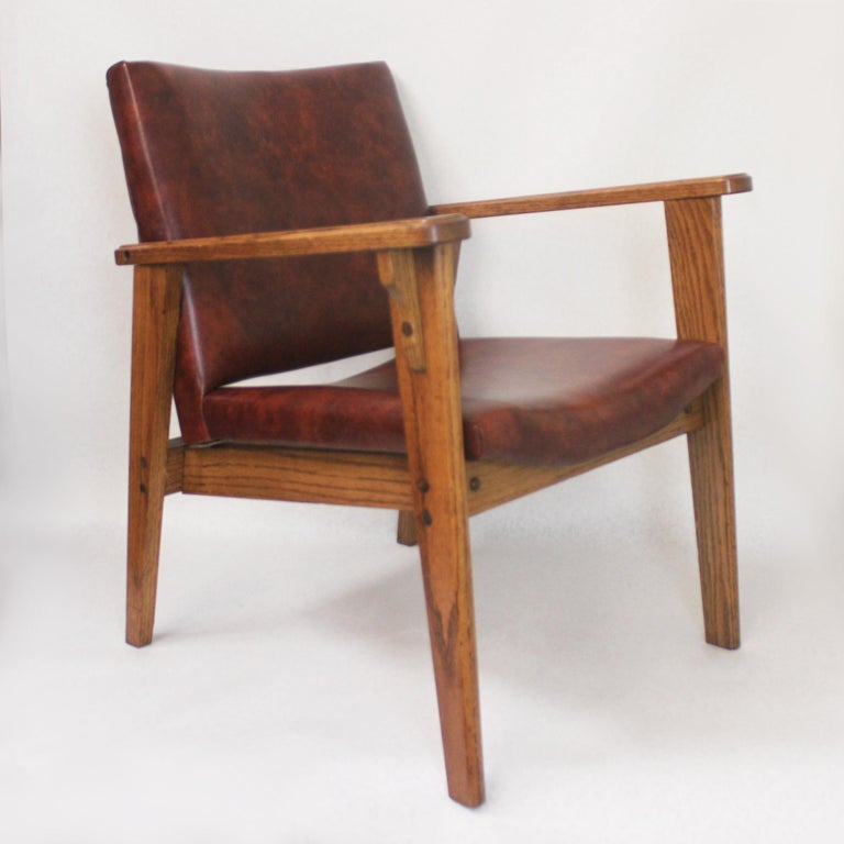 American Vintage Mid-Century Modern Ranch Oak Side Chairs from Yellowstone National Park For Sale