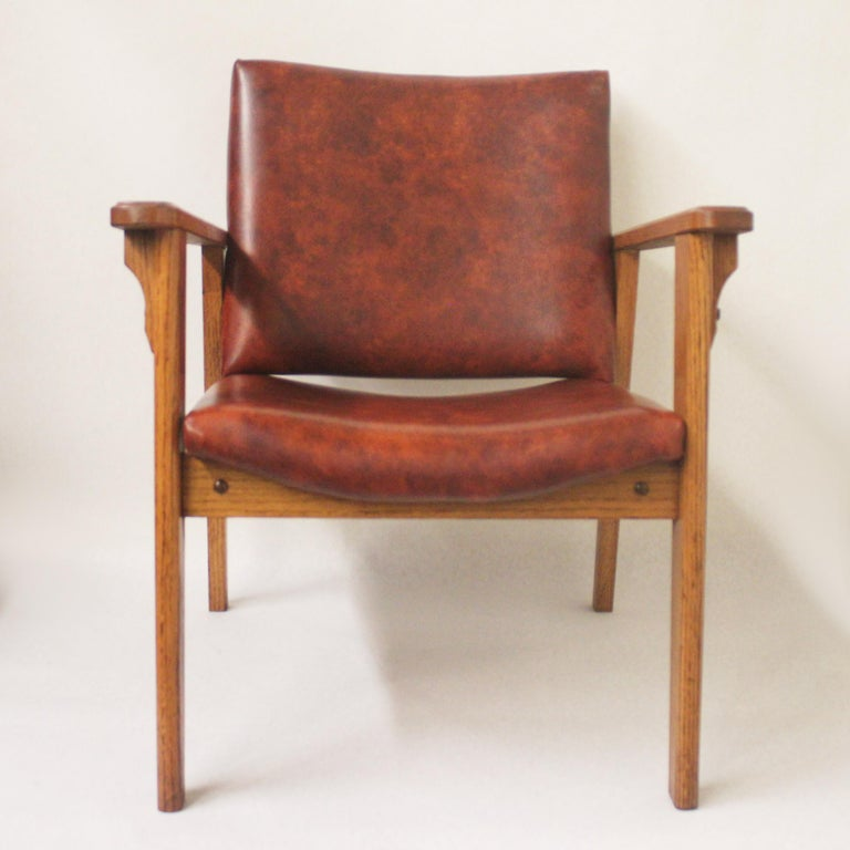 Vintage Mid-Century Modern Ranch Oak Side Chairs from Yellowstone National Park In Excellent Condition For Sale In Lafayette, IN