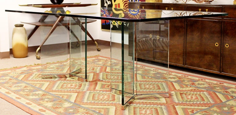 Vintage Mid-Century Modern Sculptural Rectangular Glass Chrome Dining Table Pace In Good Condition For Sale In Keego Harbor, MI