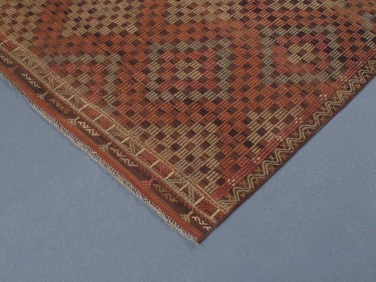 Vintage Mid-Century Modern Tribal Flatweave Rug  In Excellent Condition For Sale In New York, NY
