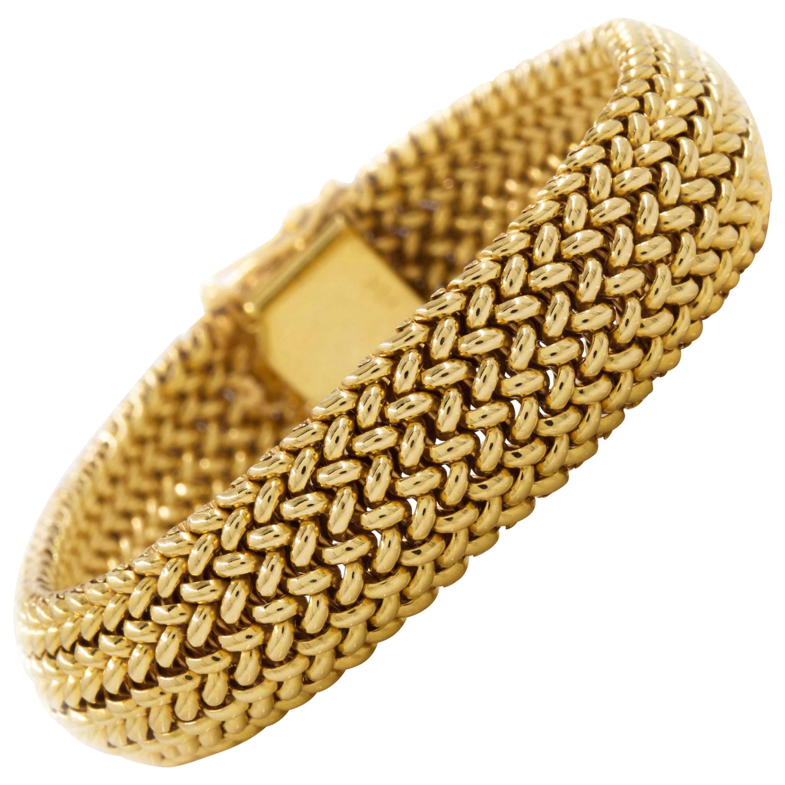 Vintage Mid-Century Modern Woven 14-Karat Yellow Gold Bracelet, circa 1960s