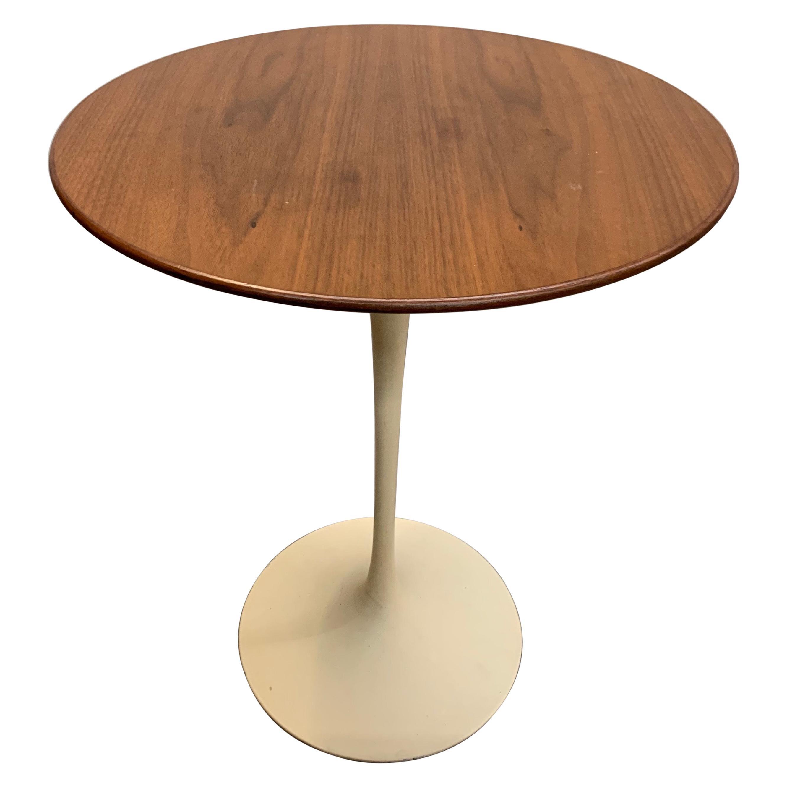 Vintage Mid Century Saarinen for Knoll Tulip Side Table
