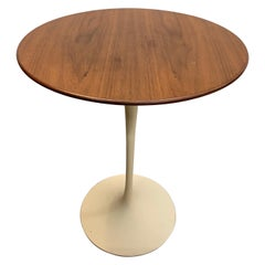 Vintage Mid Century Saarinen for Knoll Tulip Side Table