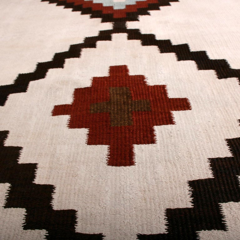 Hand-Woven Vintage Midcentury Saveh White Blue and Black Persian Wool Kilim Runner For Sale