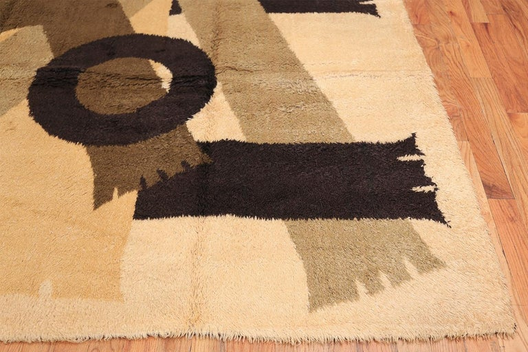 20th Century Vintage Midcentury Scandinavian Rya Shag Rug. Size: 8 ft 2 in x 11 ft 4 in For Sale