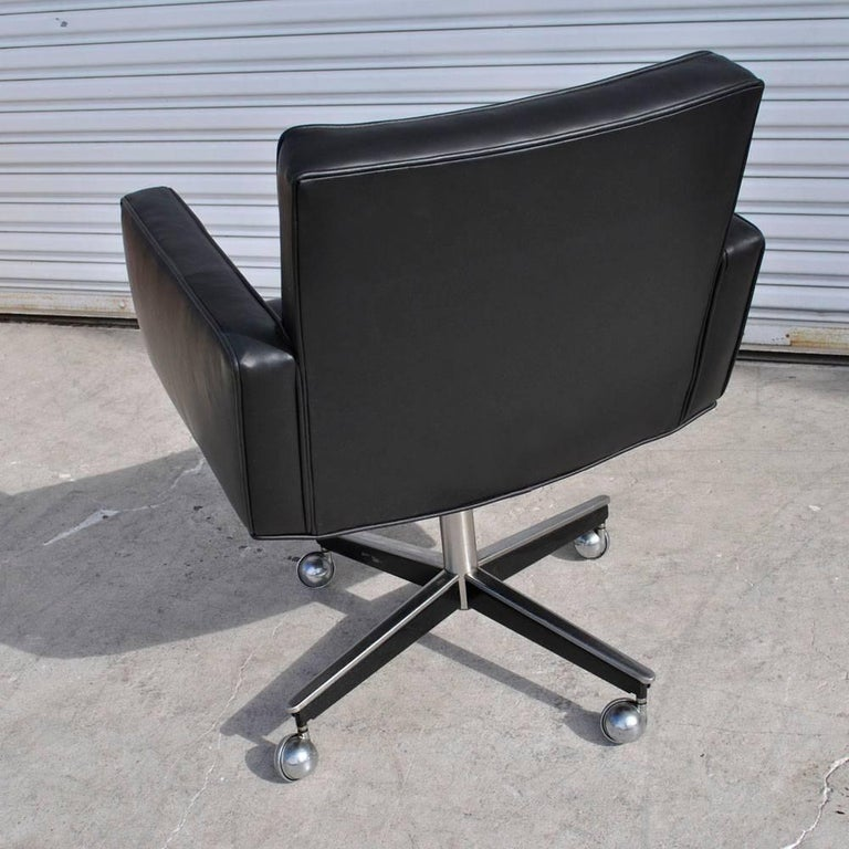 Mid-Century Modern Vintage Midcentury Vincent Cafiero Knoll Task Chair For Sale