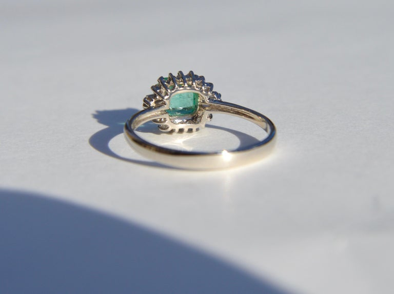 Modernist Vintage Midcentury .71 Carat Colombian Emerald Diamond Platinum Ring