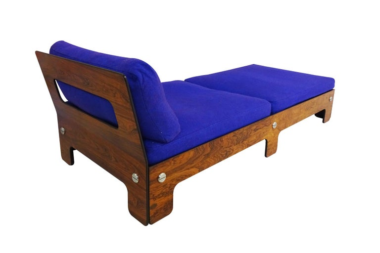 Mid-Century Modern Vintage Midcentury Chaise Longue or Day Bed For Sale