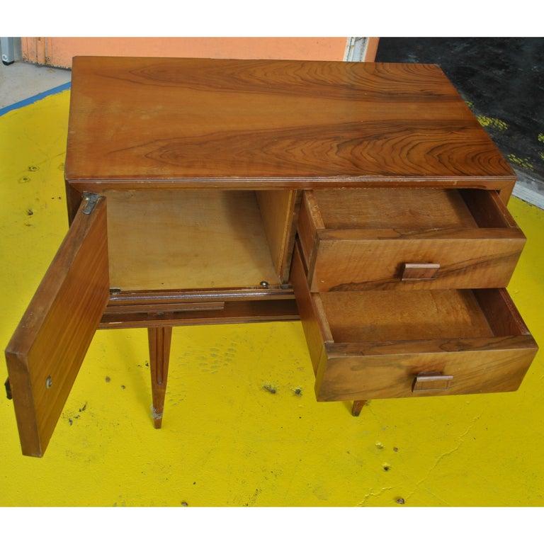 Vintage Midcentury Rosewood Side Tables Nightstands  For Sale 1