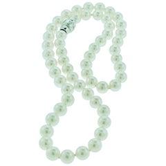 Vintage Mikimoto 18 Karat White Gold Blue Lagoon Pearl Strand Necklace