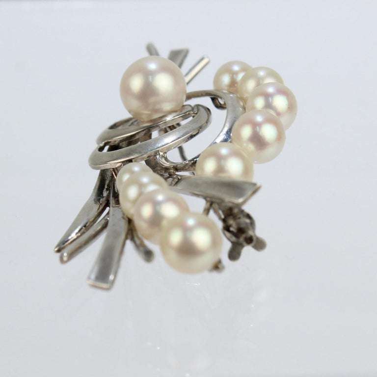 Vintage Mikimoto Akoya Cultured Pearl and Sterling Silver Brooch or Pin In Good Condition For Sale In Philadelphia, PA