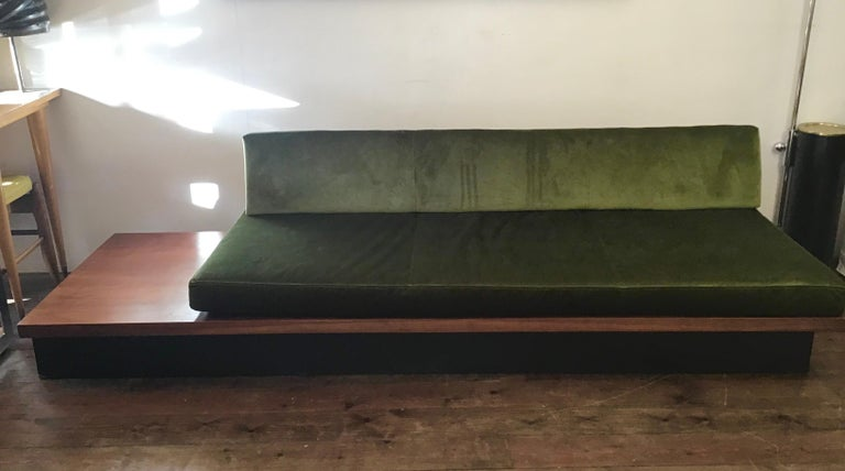 Walnut pinth daybed Sofa simple and a fine example of midcentury design  Milo Baughman for Thayer Coggin.