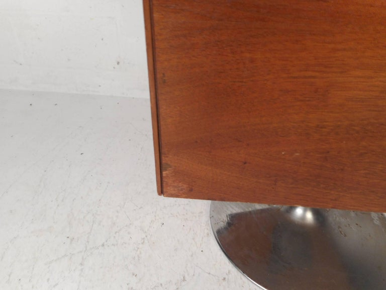 Vintage Mini Swivel Bar by Lane Furniture 4