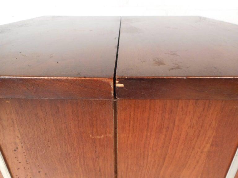 Vintage Mini Swivel Bar by Lane Furniture 5