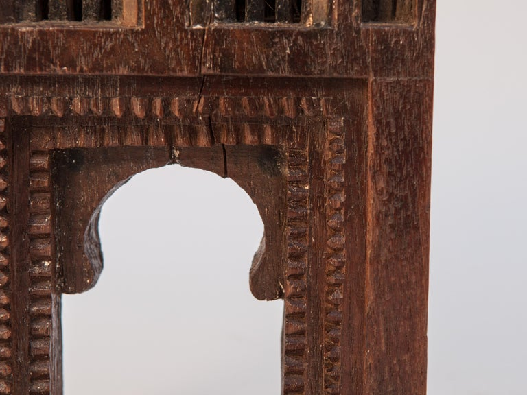 Vintage Miniature Architectural Votive Frame, Mid-20th Century, India In Good Condition For Sale In Point Richmond, CA