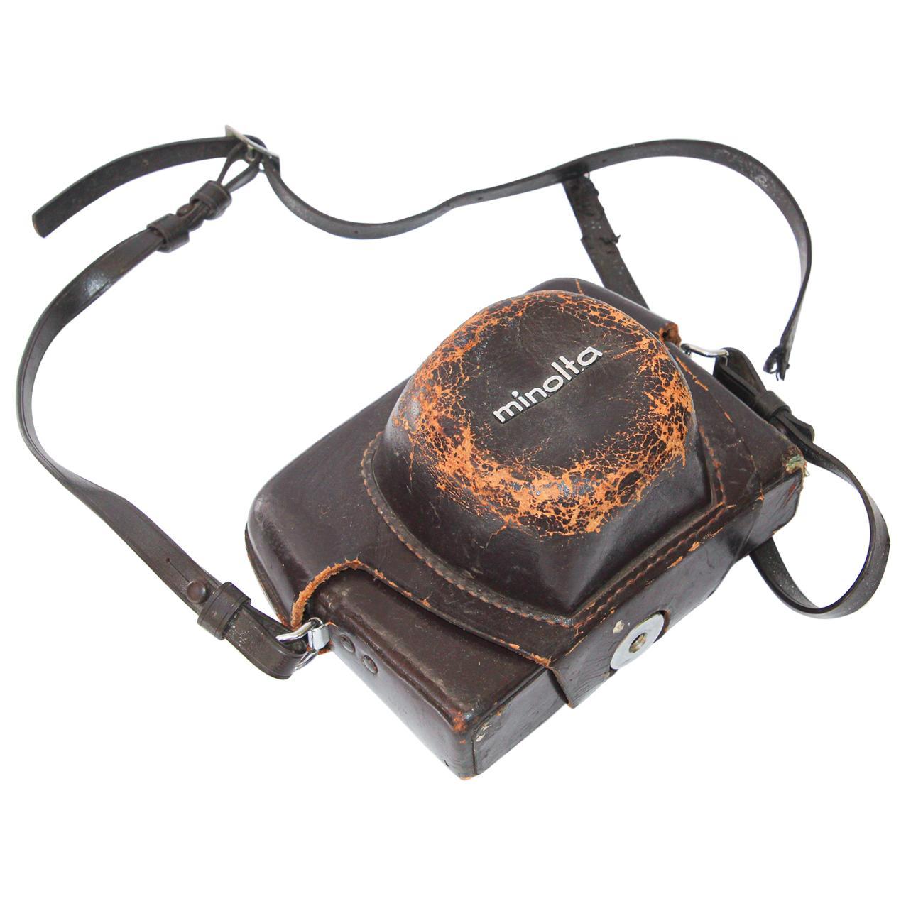Vintage Minolta HI-MATIC 7 Film Camera with Leather Case