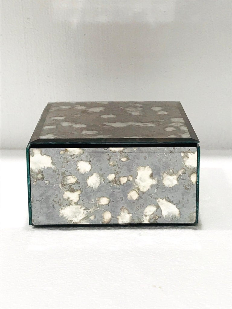 North American Vintage Mirrored Jewelry Box in Antique Grey and Bronze Glass, circa 1990 For Sale
