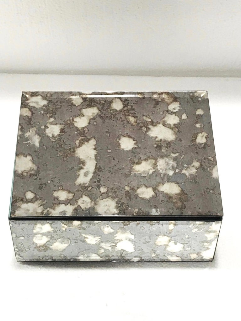 Vintage Mirrored Jewelry Box in Antique Grey and Bronze Glass, circa 1990 For Sale 1