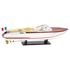 Vintage Model of a Riva Aquarama Speed Boat, 20th Century