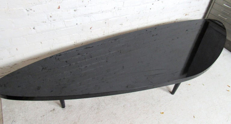 Vintage Modern Black Laminate Coffee Table In Good Condition For Sale In Brooklyn, NY
