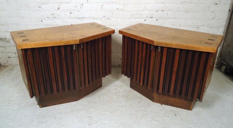 Vintage Modern Bowed Front Nightstands For Sale 4