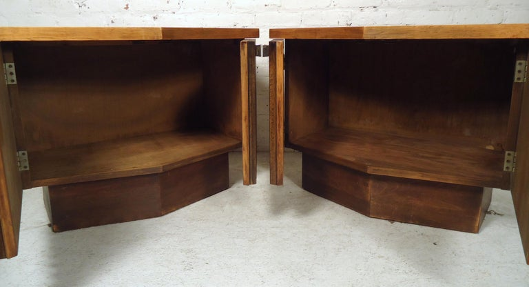 Mid-20th Century Vintage Modern Bowed Front Nightstands For Sale