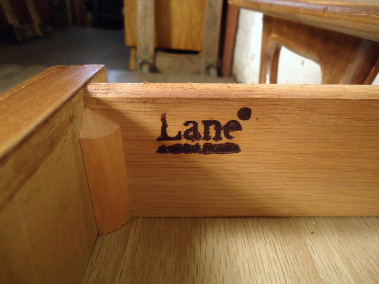 Vintage Modern Coffee Table by Lane For Sale 2