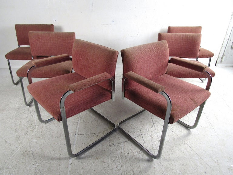 Vintage Modern Dining Set with Large Dining Table and Cantilevered Chairs For Sale 3