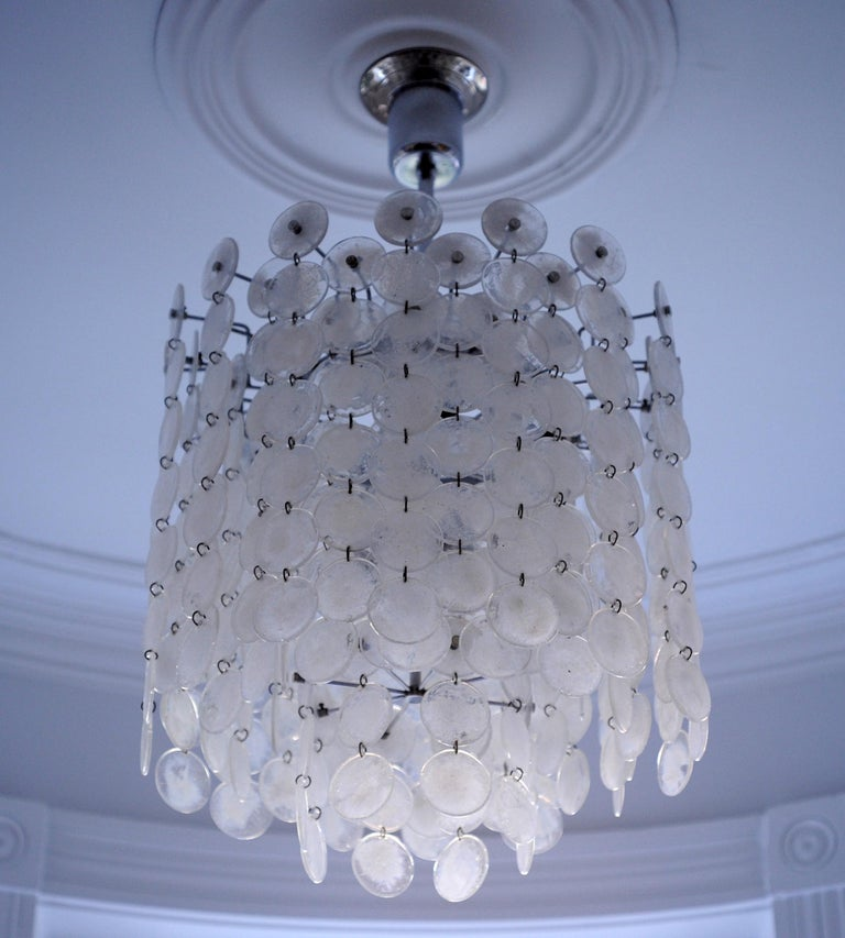 Vintage Modern Italian Glass Disc Chandelier by Vistosi In Excellent Condition For Sale In Washington, DC