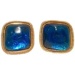 """Vintage & Modern Kenneth Jay Lane Lucite """"Glitter"""" Earrings"""