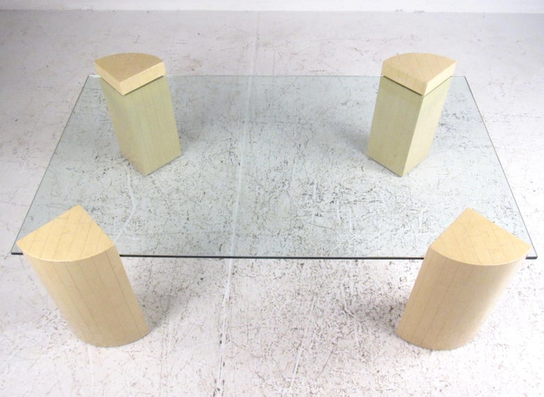 Mid-Century Modern Vintage Modern Lacquered Base Coffee Table For Sale
