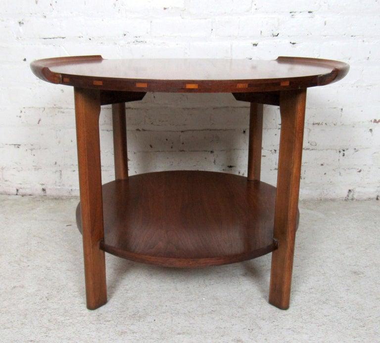 Mid-Century Modern Vintage Modern Round Side Table by Lane