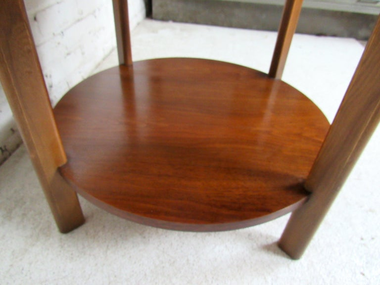Vintage Modern Round Side Table by Lane 1