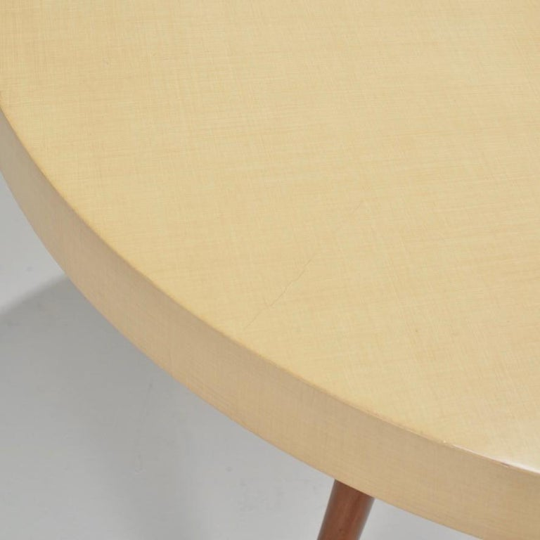 American Vintage Modern Round Table For Sale