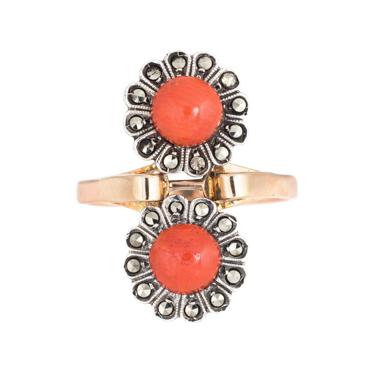 Vintage Moi Et Toi Coral Ring 18 Karat Gold Marcasite Double Flower Jewelry For Sale