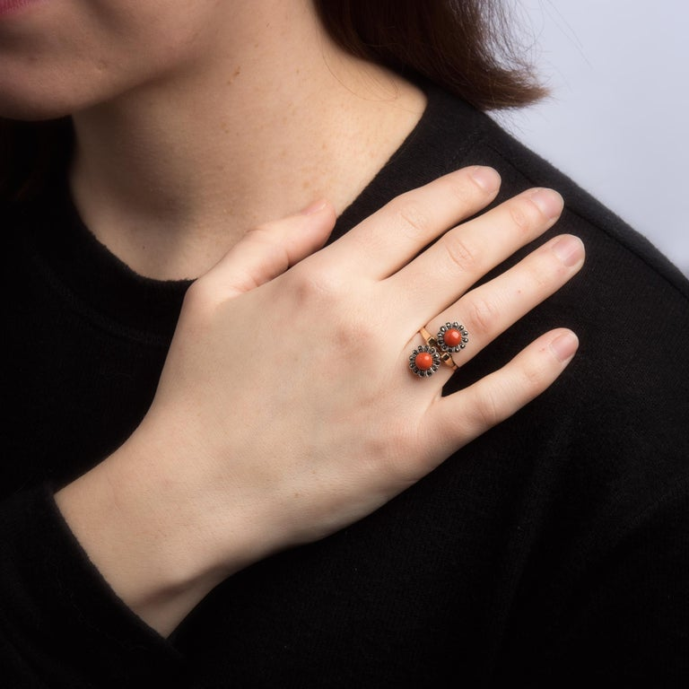 Women's Vintage Moi Et Toi Coral Ring 18 Karat Gold Marcasite Double Flower Jewelry For Sale