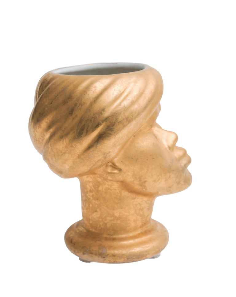 Magnificent enameled gold ceramic vase by Piero Fornasetti (Milan 1913-1988), considered among the most original and creative talents of the 21st century.