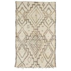 Vintage Moroccan Aït Seghrouchen Rug, Neutral Cream