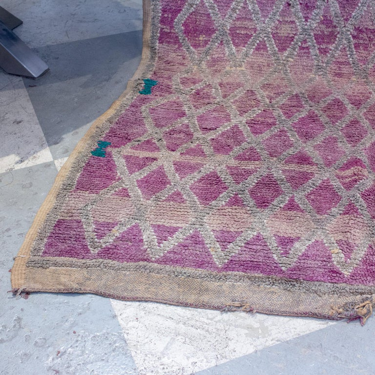 Vintage Moroccan Beni'mguild Double-Sided Berber Rug In Fair Condition For Sale In Houston, TX