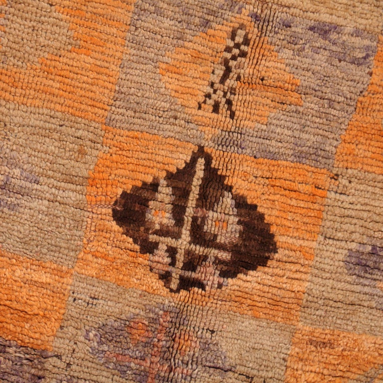 Vintage Moroccan Berber Rug In Good Condition For Sale In Amsterdam, NL